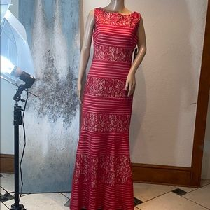 Sangria red dress size 8 NWT.